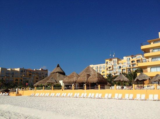 Fiesta Americana Condesa Cancun All Inclusive: F.A. Condesa Cancun - view from beach