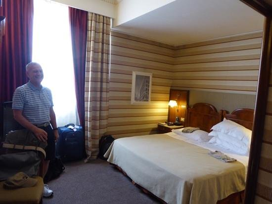Hotel Mascagni: 617