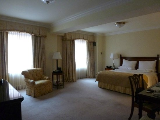 Taj Boston: spacious rooms