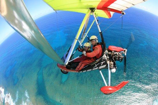 Paradise Air : Pilot Ashley, Copilot Denise