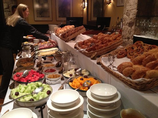 Belmond Sanctuary Lodge: Breakfast Buffet