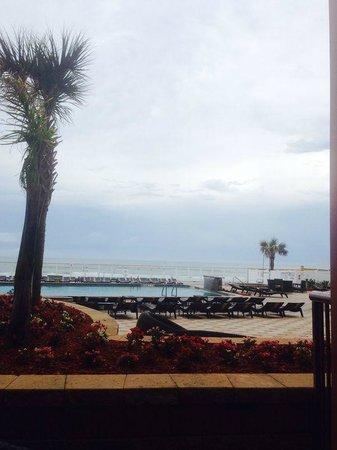 Holiday Inn Resort Daytona Beach Oceanfront : Vista desde el restaurante
