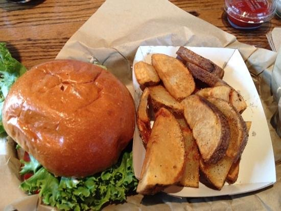 The Shwack Beach Grill: burger and spuds