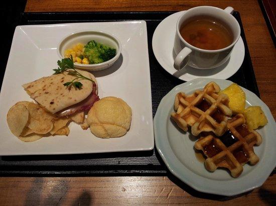 Dormy Inn Express Asakusa: Western Breakfast
