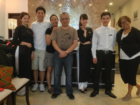 Hanoi Glance Hotel: The staff is the biggest asset of the hotel
