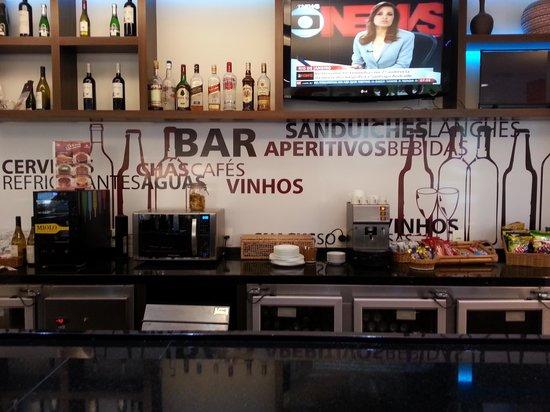 Hotel Ibis : Café