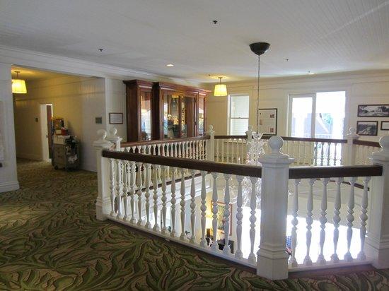 Moana Surfrider, A Westin Resort & Spa: 歴史を感じる2階