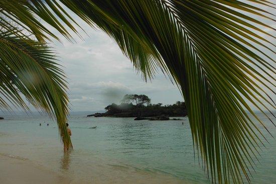 Luxury Bahia Principe Cayo Levantado Don Pablo Collection: Vue de l'une des 3 plages