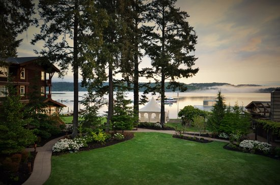 Alderbrook Resort & Spa : View from our room