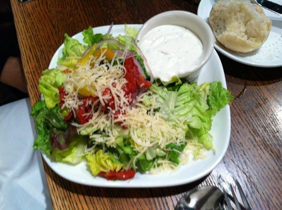 M's Pub: Side Salad