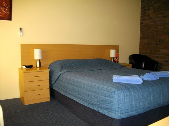 Benjamin Singleton Motel: Queen Room 1 Queen bed only