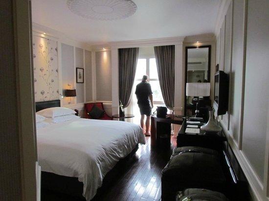 Sofitel Legend Metropole Hanoi: Beautiful Room