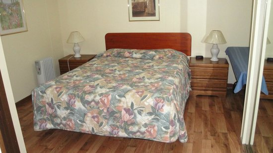 Motel Minden: Room with 1 queen bed
