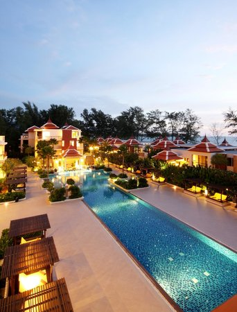 Movenpick Resort Bangtao Beach Phuket: Main Swimming Pool