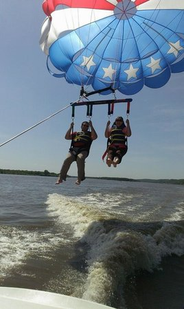 Captain Andy's Parasail