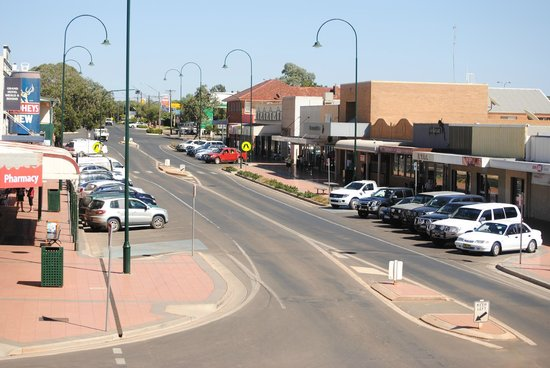 Cobar Main Street Picture Of Cobar Town And Country