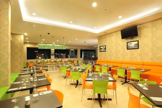 Dragon Inn Kemayoran : Kemayoran Cafe