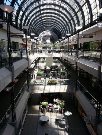 Galleria Park Hotel: Galleria Shopping Centre