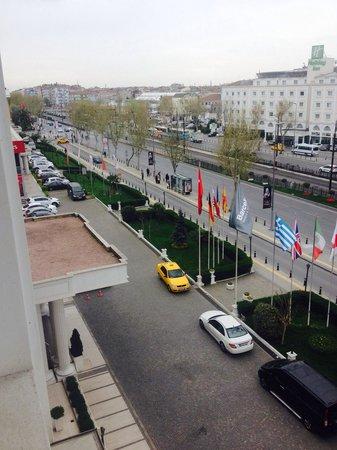 Eresin Hotels Topkapi: The side view