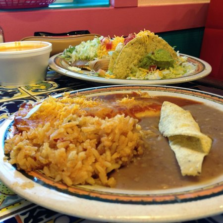 Rosa's Cafe and Tortilla Factory: Enchilada plate and taco plate.