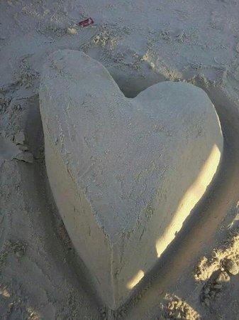 """Forte Beach: """"Paz e Amor"""""""