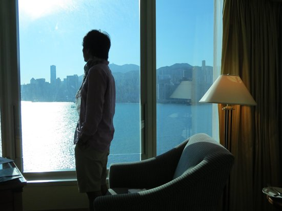 Harbour Grand Kowloon: harbourview club room