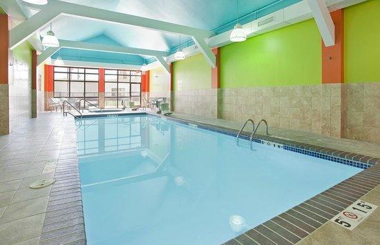 Comfort Inn Kearney: Pool