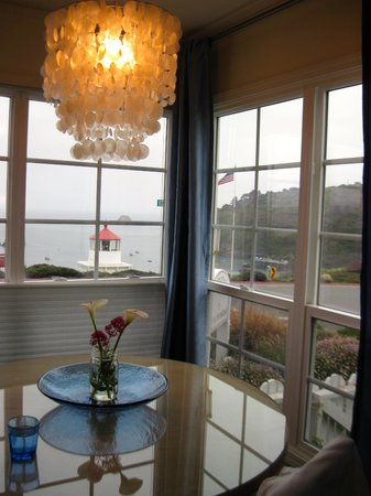 Trinidad Bay Bed & Breakfast Hotel: View from Tide Pool Room