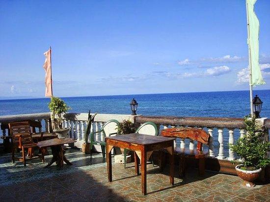 Baluarte de Argao Beach Resort: balcony