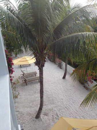 Parrot Key Hotel and Resort : View from upstairs bedroom balcony