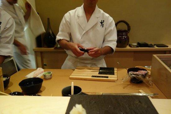 Kabuto: hand roll