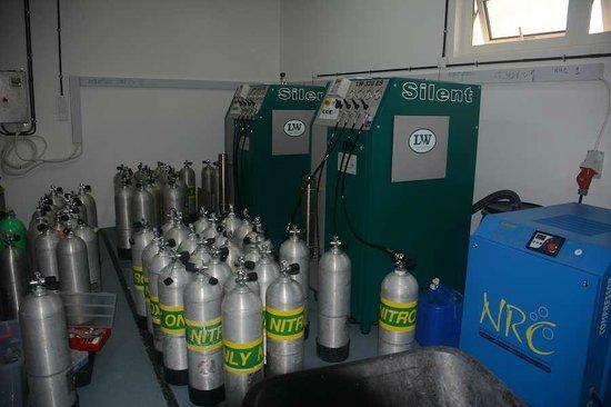 Millennium Resort Mussanah: Dive Centre Nitrox Membrane system