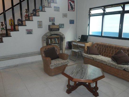 Buena Vista Hostel: Sala onde é servido o café da manhã