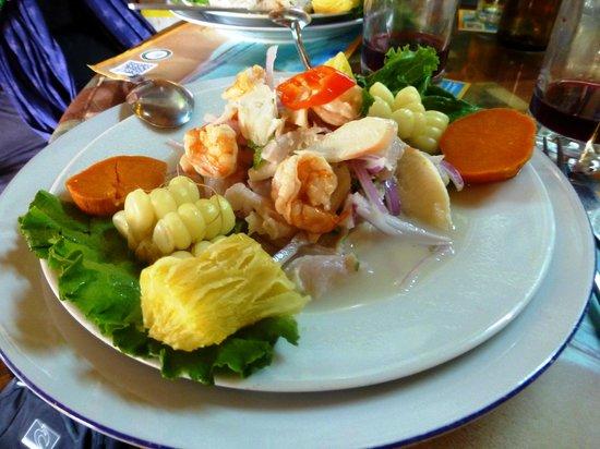 Costazul Seafood: Ceviche mixto a Costazul