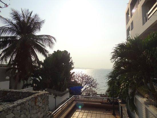 Woodlands Hotel & Resort: Вид на пляж Вангамат
