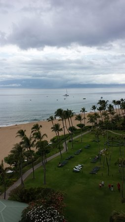 Marriott's Maui Ocean Club  - Lahaina & Napili Towers : Our View from the 9th floor, Molokai tower.