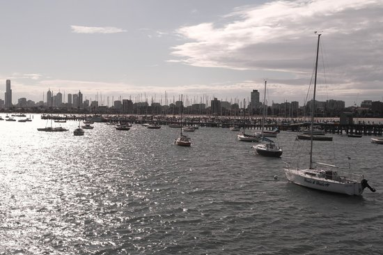 how to go to st kilda beach