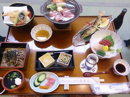 Aokiya: お料理が美味しい。