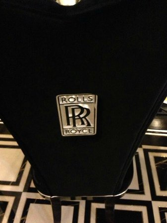 Mai Hotel Hanoi: Rolls Royce themed room