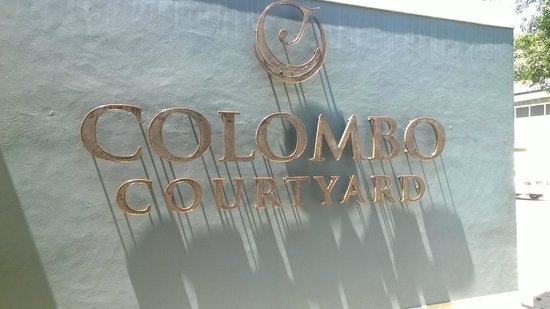 Colombo Court Hotel & Spa : Entrance