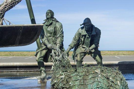 Marine Parade: Sculpture