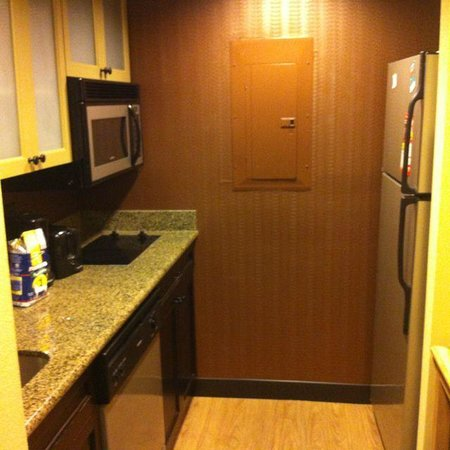 Homewood Suites by Hilton Austin / Round Rock: Cozinha