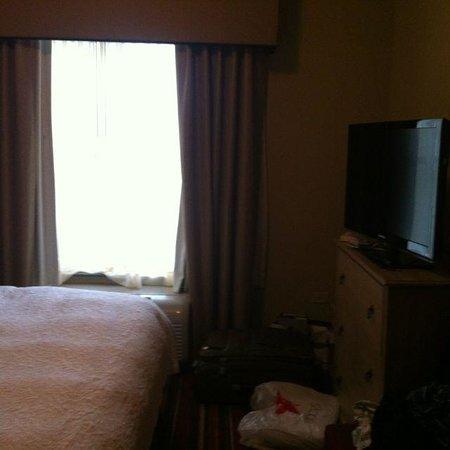 """Homewood Suites by Hilton Austin / Round Rock : Quarto cama King e TV 40"""" com Ar"""