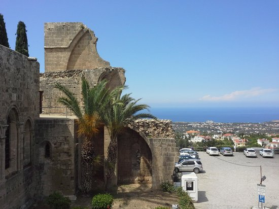 Abbey Bell Tower Restaurant: view ofvthe abbey and down to the sea. .