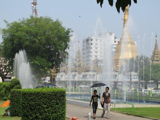 Sule Shangri-La Yangon : Peoples Park, Yangon.