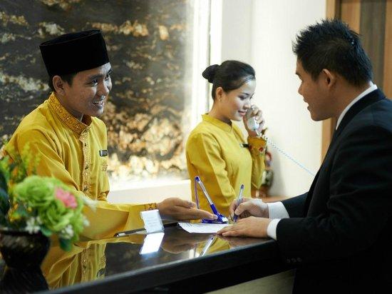 Winstar Hotel: Reception