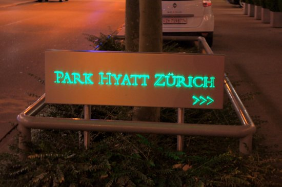 Park Hyatt Zurich : signboard outside