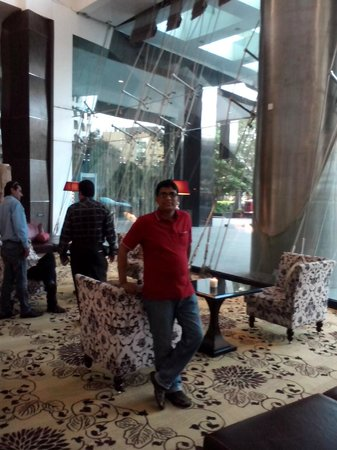 Sofitel Mumbai BKC : Hotel Sofitel Reception Area
