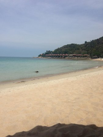 Baan Sukreep - Zen Garden Cottages: plage proche de l'hotel