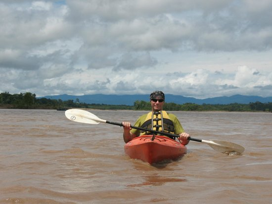 Tambopata Research Center : Kayaking in the Tambopata River
